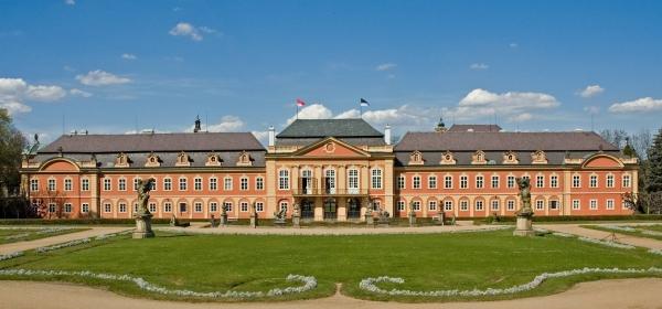 Případová studie: Jak jsme chytrým řešením ušetřili zámku Dobříš přes 500 000 Kč